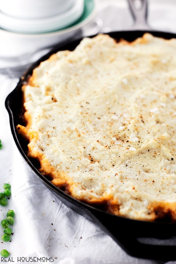 Comfort food doesn't have to take forever to make, just whip up this 20 MINUTE SHEPHERD'S PIE and enjoy!