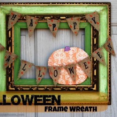 halloween frame wreath with bunting