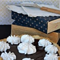 Heirloom Chocolate Cream Pie   Real Housemoms   #dessert #pie #chocolate