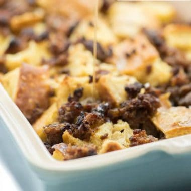 Maple Sausage French Toast Bake is amazing because it tastes great and you can make it AHEAD of time!!! YAY!