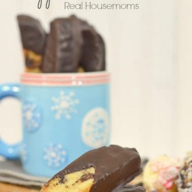 chocolate chip and peppermint biscotti