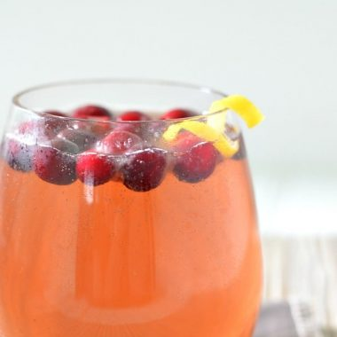gingered cranberry sparkler in a glass