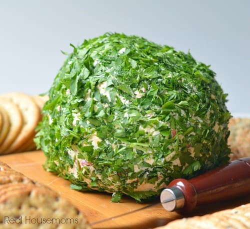 Onion Bell Pepper Cheese ball close