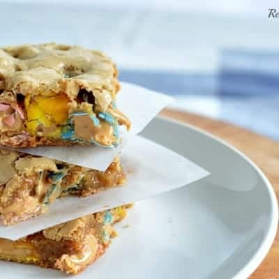 Reese's Pieces Peanut Butter Egg Brown Sugar Bars