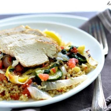 Chicken and Vegetable Quinoa Bowls with a kick | Real Housemoms