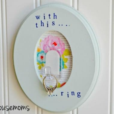 o It Yourself Engagement Ring Holder