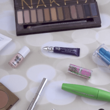 Job Interview Makeup Necessities Featured Image