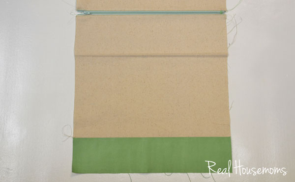 Sewing a Simple Folded Clutch | Hearts & Sharts for the Real Housemoms | www.realhousemoms.com