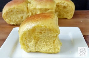 butternut-squash-dinner-rolls-h055-RH