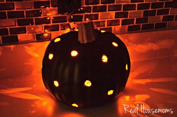 DIY Faux Pumpkin Lantern Light | Real Housemoms