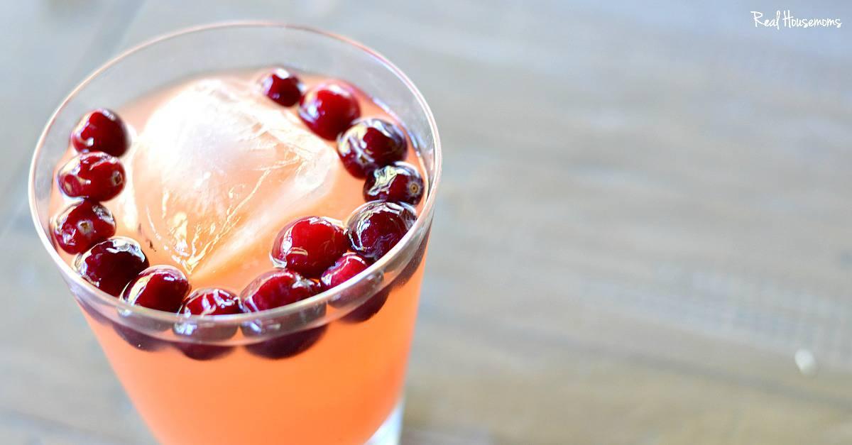 Grapefruit Pomegranate Vodka Splash - Real Housemoms