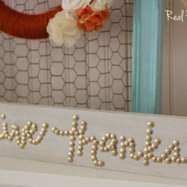 close up DIY Give Thanks Thumbtack Sign