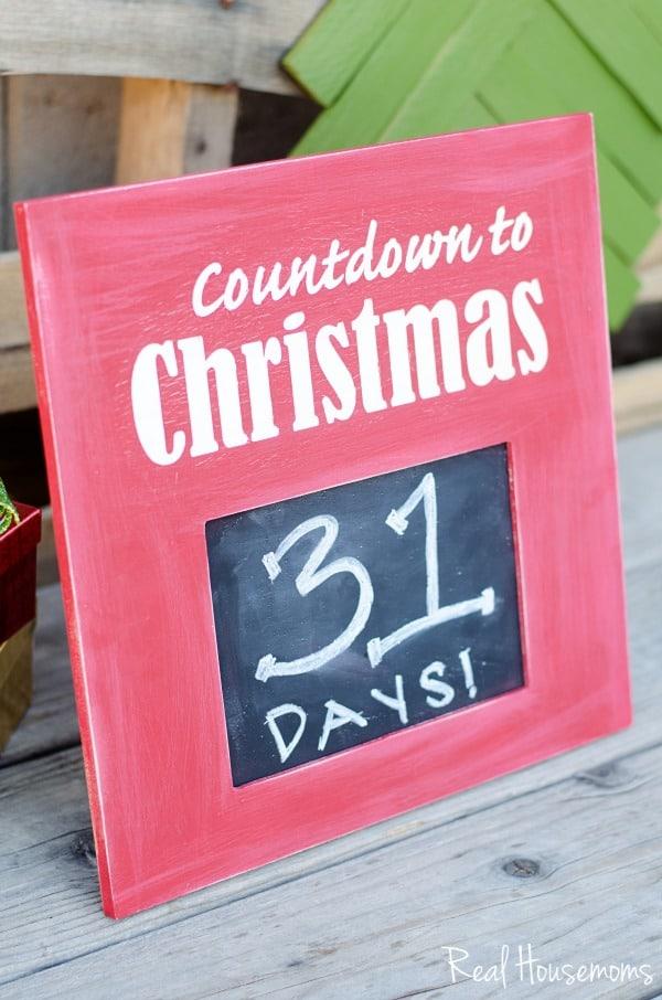 DIY Christmas Countdown Sign | Real Housemoms
