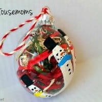 DIY Kid's Handprint Ornament, Ornament decorated with little snowmen