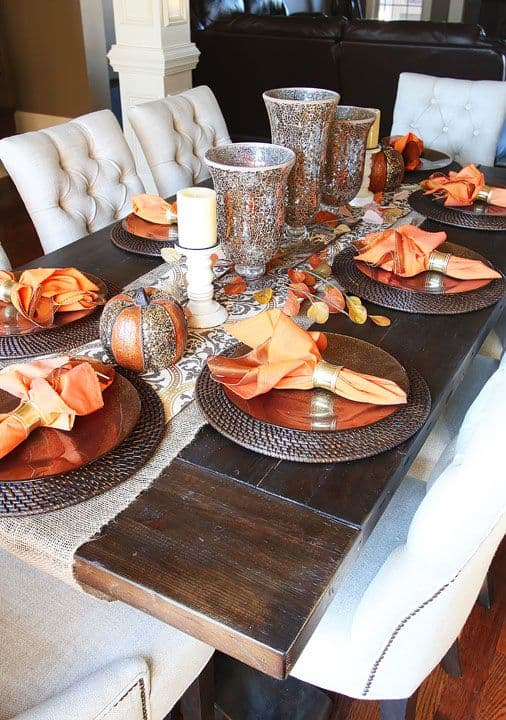 fall centerpieces for dining room table | 25 Holiday Table Settings ⋆ Real Housemoms