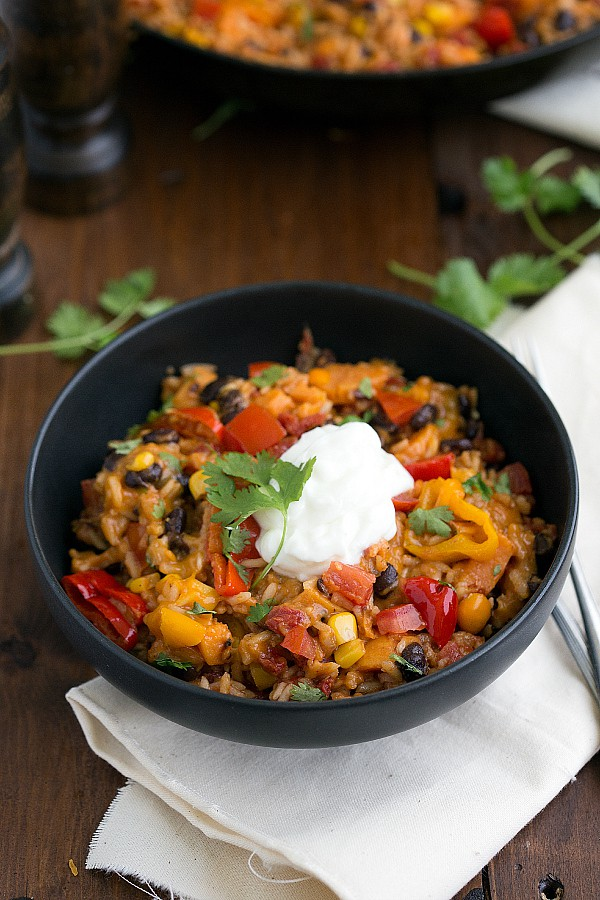 {ONE SKILLET} SWEET POTATO BURRITO BOWLS