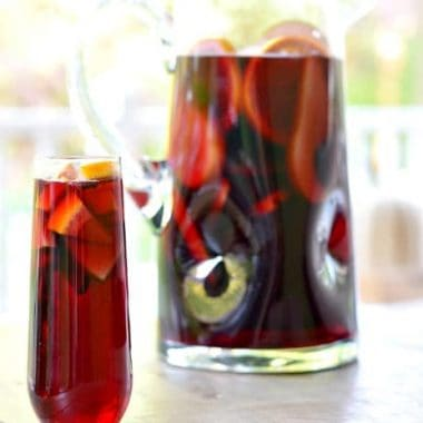 Pomegranate Sangria | Real Housemoms