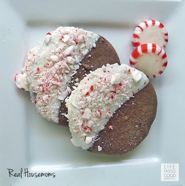 Chocolate Peppermint Crunch Cookies | Real Housemoms