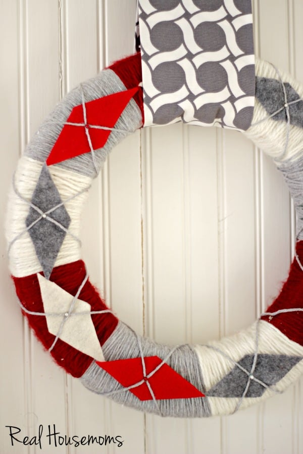 DIY Yarn Argyle Wreath | Real Housemoms