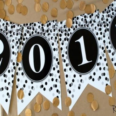 New Year's Eve Countdown Printables. 2015 gold, black and white colors
