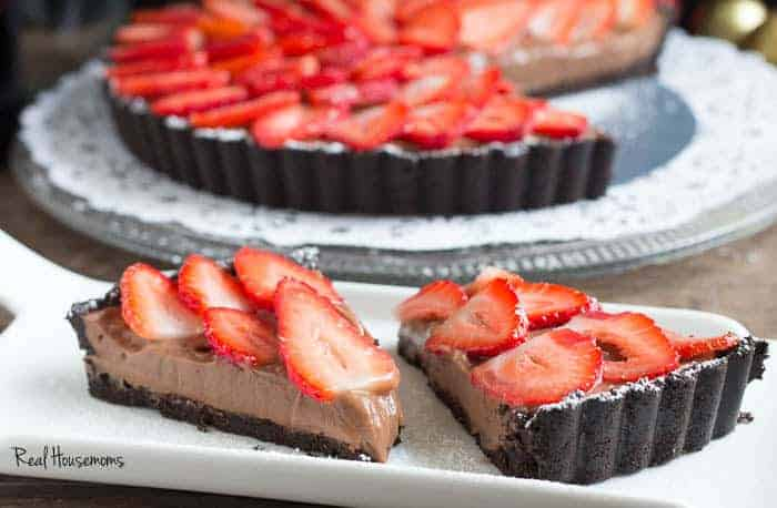 Strawberry Chocolate Tart | Real Housemoms