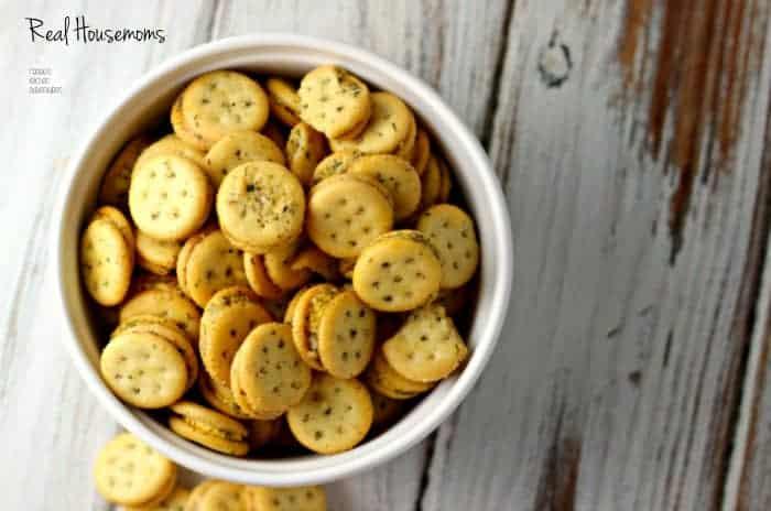 Herbed Cheese Cracker Bites | Real Housemoms