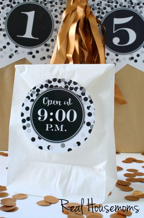 New Year's Eve Printables and Treat Bag Countdown | Real Housemoms