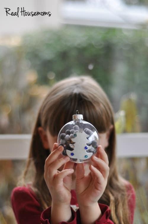 Kid-Friendly Pom Pom Ornament | Real Housemoms