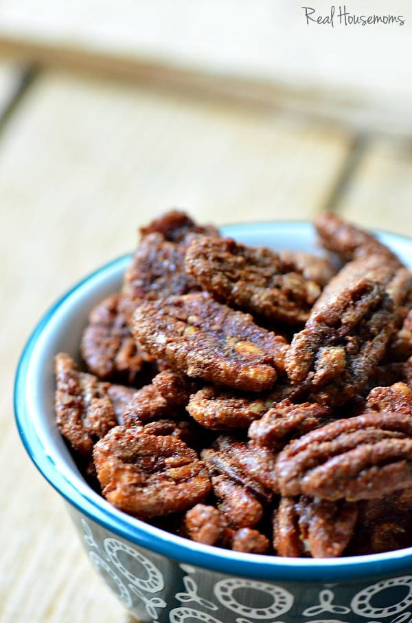 Sweet and Sriracha Pecans are a simple appetizer for your Christmas party or a great last minute gift!