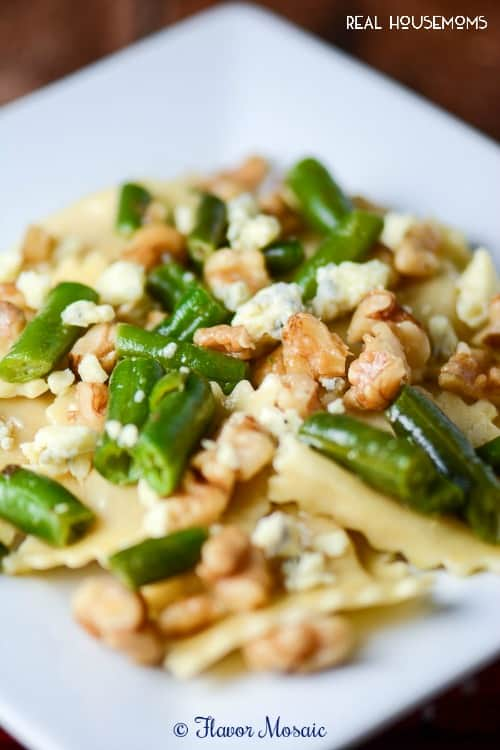 Ravioli Gorgonzola with Walnuts and Green Beans | Real Housemoms