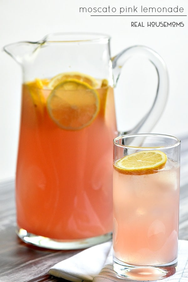 Moscato pink lemonade real housemoms for Drinks with pink moscato