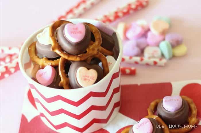 Valentine Pretzel Bites | Real Housemoms