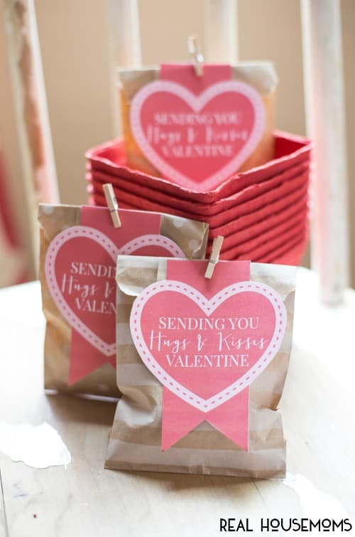 Hugs and Kisses Valentines | Real Housemoms