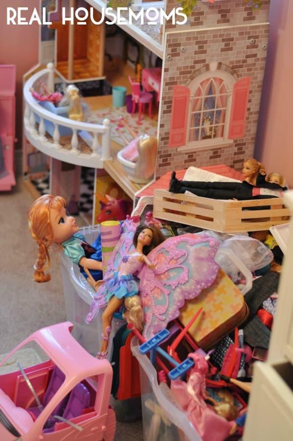 Barbie Organizer- in text
