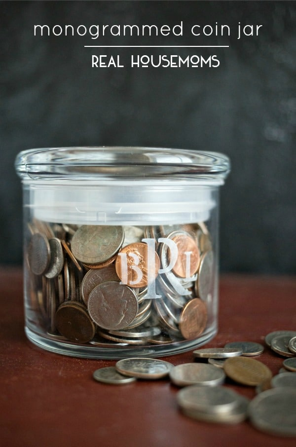 When it came to thinking of great DIY gifts we could craft for Father's Day, creating a personalized Monogrammed Coin Jar was the perfect thing!