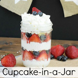 Red-Whte-Blue-Cupcake-in-a-Jar_linkparty-300x300
