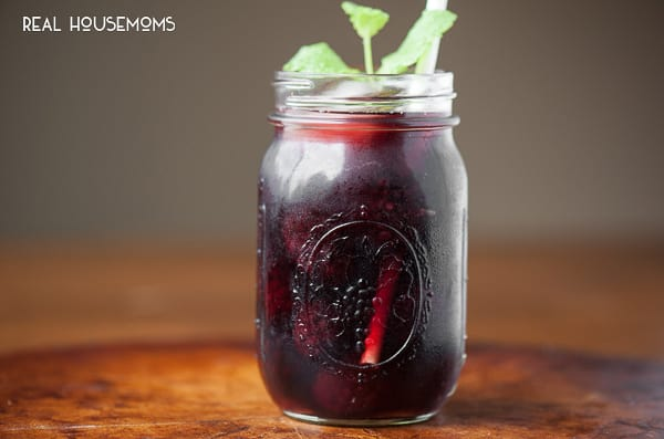 Backyard Blackberry Sangria | Real Housemoms