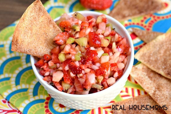 This simple FRUIT SALSA recipe is a fresh and easy dish that's wonderufl served on homemade cinnamon chips!