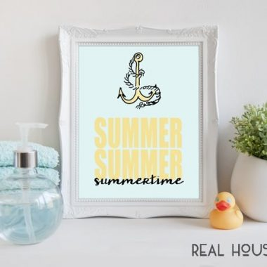 This nautical Summertime Printable is the perfect way to add a touch of the season to your decor!