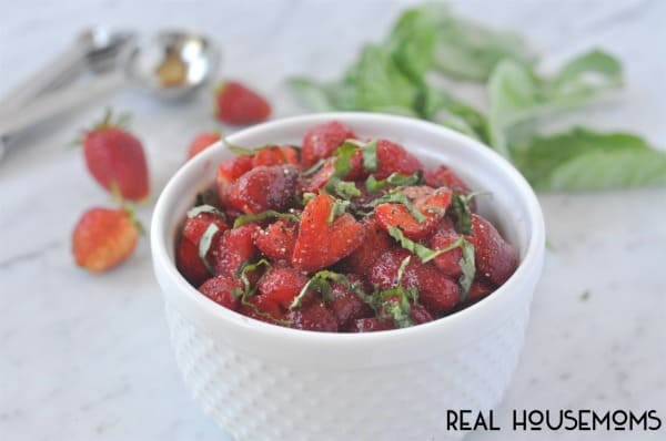 BALSAMIC STRAWBERRY SALAD is the perfect dish to make with all those ripe strawberries!
