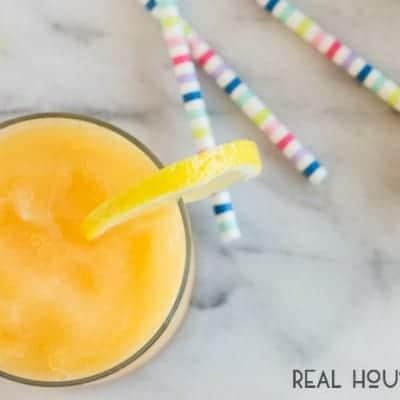 Boozy Frozen Peach Lemonade