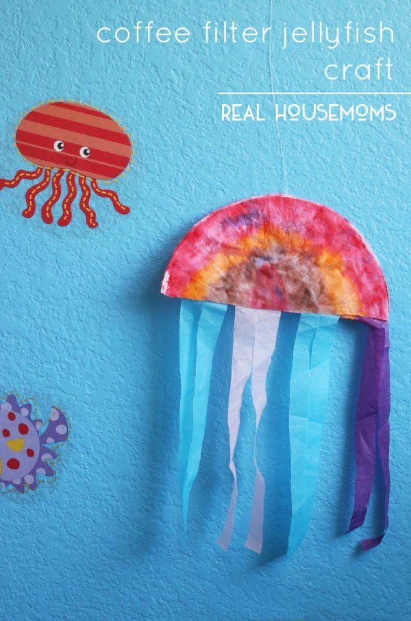 "The summer months just scream ""beaches & oceans"" to us. Help the kids turn their room into an ocean oasis with this easy Coffee Filter Jellyfish Craft !"