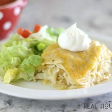 Turn a family favorite into an easy weeknight meal. Green chili chicken enchilada casserole is quick to put together and will be on the dinner table in no time!