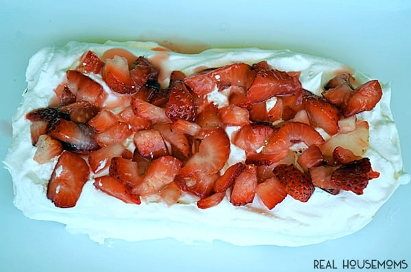 No Bake Strawberry Cake only has 4 ingredients and takes mere minutes to whip up!