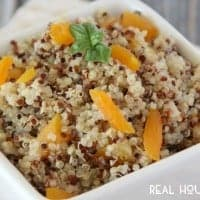 This fluffy Apricot Ginger Quinoa makes an amazing and healthy side dish. Adding apricots and ginger really kicks this side dish up a notch!