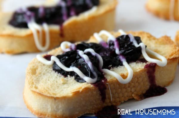 Quick easy Blueberry Dessert Bruschetta is ready in 10 minutes!