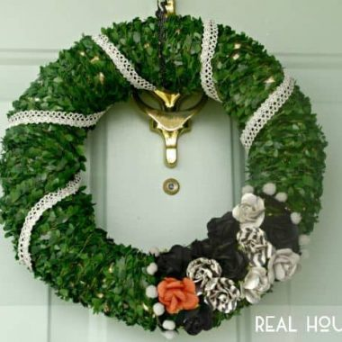 Simple Boxwood Flower Wreath