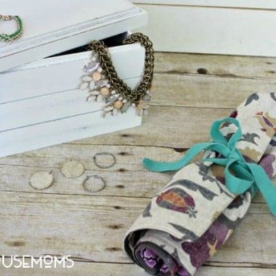 DIY Travel Jewelry Oraganizer