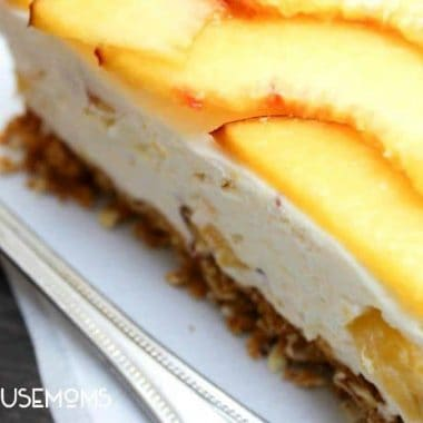 Fresh Peach No-Bake Cheesecake