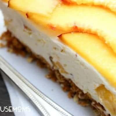 Fresh Peach No-Bake Cheesecake